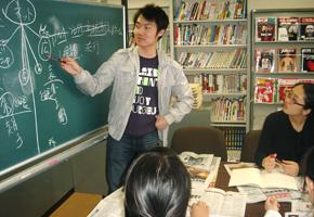 東アジアメディア研究センター内での特別演習